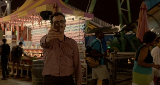 her-movie-2013-screenshot-carnival