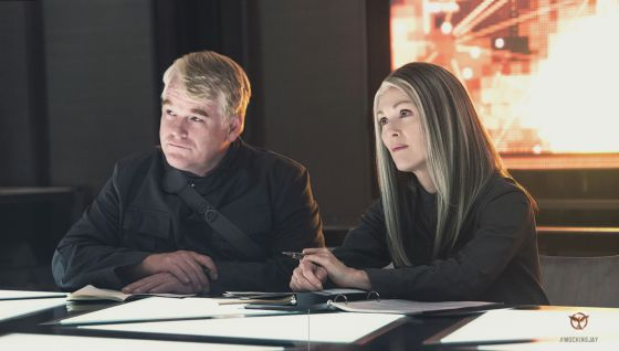 Mockingjay-Part-1-Hoffman